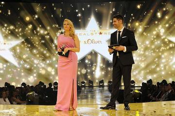 Veranstaltungstechnik setzte Barbara Schoeneberger und Mathias Eckert bei der s.Oliver Realstars Gala in Szene.