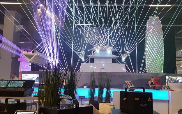 Neuregelung für Lasershows in der Schweiz – Coronakonforme Seminare