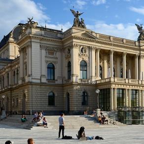 Neue Technik für das Opernhaus Zürich