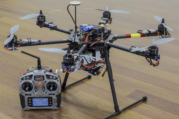 fliegende-Laser-Show