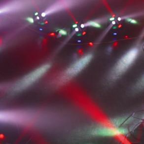 Zauberhafte Lichtshow mit dem MINICUBE-60