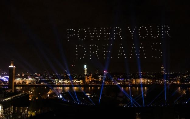 Spektakel am Nachthimmel: Technology Arts gründet Nocturne Drone Shows