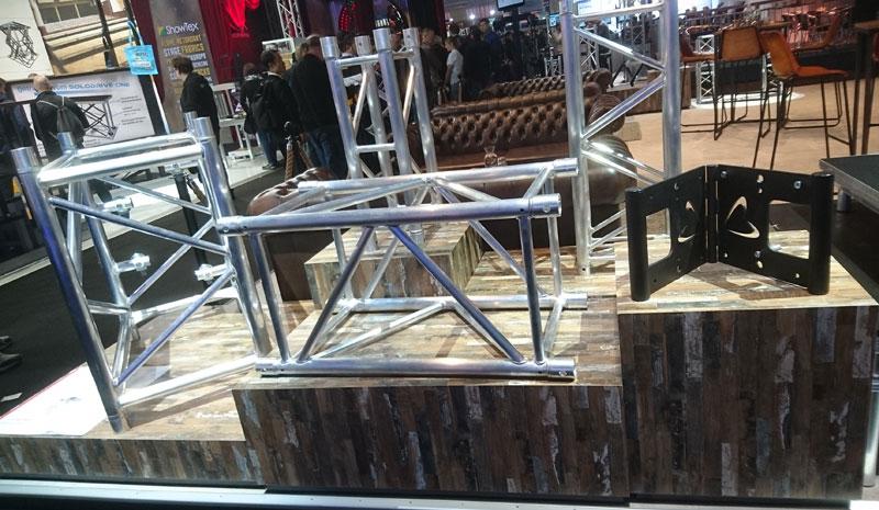 sixty82-truss
